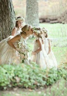 Awww love the idea of multiple flower girls :) So many cute photo ideas!