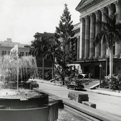 King George Square in Brisbane in Brisbane Cbd, Brisbane Australia, Old Photos, Vintage Photos, Holden Australia, Brisbane Gold Coast, Australian Continent, Queenslander, Largest Countries