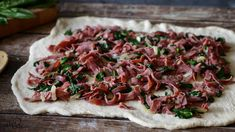 Savory Roast Beef and Gouda Rolls - Accidental Happy Baker Roast Beef Appetizers, Elegant Appetizers, Gouda, Caramelized Onions, Vegetable Pizza, Camembert Cheese, Spinach, Rolls, Dishes