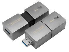Kingston announced DataTraveler Ultimate Generation Terabyte USB Flash Drive. This is the world's highest capacity USB Flash drive. Kingston Technology, New Technology, Technology Gadgets, Pen Drive Usb, Usb Flash Drive, Pens Usb, Radios, Kingston Usb, Technology News