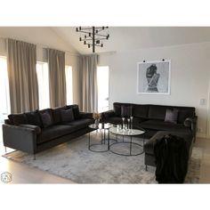 Black Sofa Living Room Decor, Beige Living Rooms, Living Room Modern, Home Living Room, Interior Design Living Room, Living Room Designs, Apartment Interior, Classic Collection, Home Decor