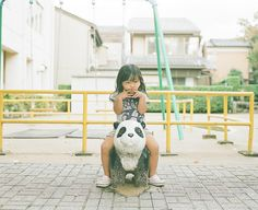 Thinking girl by Toyokazu, via Flickr Japanese Photography, Go To Japan, Asian Kids, Soap Bubbles, Pretty Pictures, Cute Kids, Poses, Children, Nagano