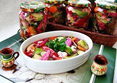 Reteta culinara Salata asortata de legume si fructe din categoria Muraturi. Cum sa faci Salata asortata de legume si fructe Canning Pickles, Romanian Food, Fresh Rolls, Celery, Cobb Salad, Healthy Recipes, Healthy Food, Good Food, Favorite Recipes