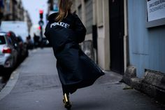 Paris Fashion Week Fall 2016 Street Style Kicks Off - -Wmag