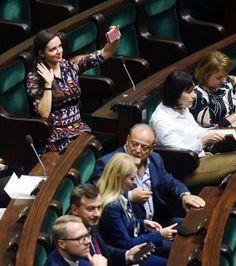 Perfumy na lato - 6 zapachów, które działają jak afrodyzjaki - Kobieta.pl