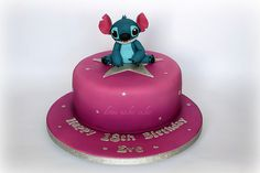 A hot pink and Stitch inspired cake? Talk about sweet!  (Photo source: Flickr.com, Donna Makes Cakes)