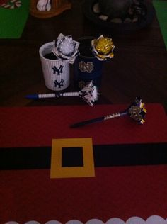 Yankee and Notre Dame pen & Penholder