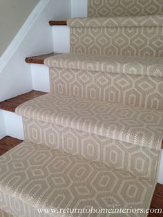 Choosing a Stair Runner: Some Inspiration and Lessons Learned This is a Stanton carpet called Fillmore in Linen Wall Carpet, Diy Carpet, Bedroom Carpet, Stair Carpet, Carpet Ideas, Carpet Brands, Hallway Carpet Runners, Cheap Carpet Runners, Foyer Decorating