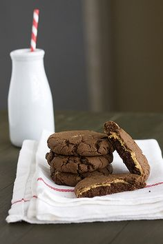 Peanut Butter Stuffed Chocolate Cookies - Handle the Heat