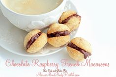 Maria's Nutritious and Delicious Journal: Chocolate Raspberry French Macaroons-gluten free Low Carb Sweets, Low Carb Desserts, Healthy Desserts, Low Carb Recipes, Healthy Food, French Macaroons, Raspberry Macaroons, Chocolate Macaroons, Almond Chocolate