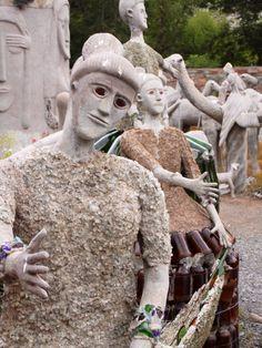 Nieu Bethesda: Somewhere in Southern Africa. Eccentric Style, South African Art, Female Pilot, Lion Sculpture, Sculpture Garden, Artistic Installation, Female Fighter, Art Brut, Outsider Art