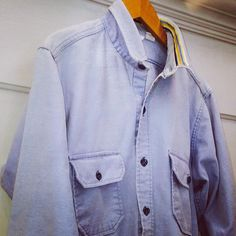 Vintage Woolrich chamois shirt, refreshed. #vintage @woolrichinc #vintagestyle #sustainablestyle #chamoisshirt #falldressing #woolrich