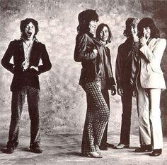 Find The Rolling Stones at www.urbita.com