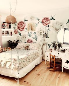 In the Big Kid Room with Cultivate Motherhood Project Nursery Big Girl Rooms big Cultivate Kid Motherhood Nursery Project room Dorm Room Walls, Room Wall Decor, Bedroom Decor, Bedroom Ideas, Floral Bedroom, Design Bedroom, Vintage Girls Rooms, Bedroom Vintage, Home Interior