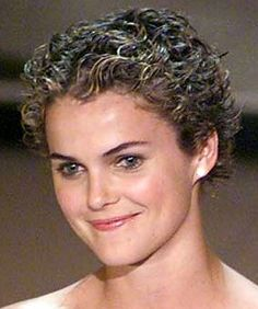 Extremly short hair frosted and permed Short Haircuts Curly Hair, Pixie Hairstyles, Short Hair Cuts, Curly Hair Styles, Cool Hairstyles, Curly Short, Frosted Hair, Very Short Hair, Hair Magazine