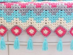 Crochet ripple afghans are a staple part of every crocheter's collection. This r… Crochet ripple afghans are a staple part of every crocheter's collection. This r…,Granny Square Afghan Crochet ripple afghans are a staple. Crochet Granny Square Afghan, Easy Crochet Blanket, Granny Square Crochet Pattern, Afghan Crochet Patterns, Granny Squares, Square Blanket, Manta Crochet, Free Crochet, Crochet Bags