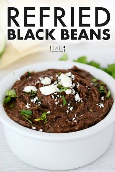 Homemade Mexican Refried Black Beans made easy and delicious with canned black beans, fresh ingredients, and the perfect blend of Mexican spices! Serve as a side dish, a dip, or as a vegetarian main dish! Vegetarian Main Dishes, Vegetarian Appetizers, Best Appetizers, Appetizer Recipes, Barbecue Side Dishes, Mexican Side Dishes, Mexican Bean Salad, Easy Main Dish Recipes, Black Bean Recipes