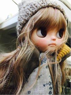 riri_popocu like Custom Blythe (USED) Buy her here: Kawaii Doll, Kawaii Cute, Large Eyes, Big Eyes, Dolly Mixture, Japanese Toys, Cute Dolls, Blythe Dolls, Photo Book