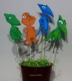 Dinotren en goma eva