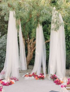 10 Creative Ways to Use Fabric for Your Wedding // Ethereal Tulle Backdrop