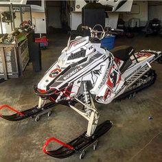 Polaris Snowmobile, Snow Machine, Four Wheelers, Snowmobiles, Winter Sports, Sled, Motocross, Atv, Cool Toys