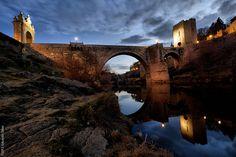 Puente fortificado de Alcántara by Havock., via Flickr
