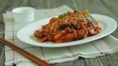 how to make jeyuk boggeum recipe, korean spicy stir-fried pork, 제육볶음