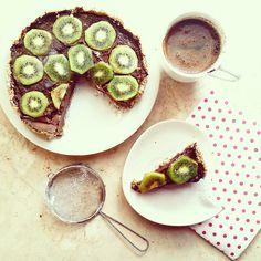 WEGAŃSKA TARTA CZEKOLADOWA | FIT OLA RUN ! ! ! Avocado Toast, Breakfast, Food, Pies, Morning Coffee, Essen, Meals, Yemek, Eten
