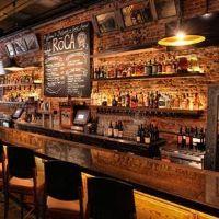 Luxury Home Bar Ideas Pub Design, Back Bar Design, Bar Counter Design, Bar Interior Design, Restaurant Interior Design, Sport Bar Design, Brewery Design, Decoration Restaurant, Deco Restaurant