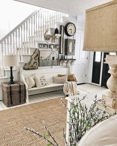50 Farmhouse Mudroom Bench Decorating Ideas January Leave a Comment Your home can reflect farmhouse personality the moment guests step through the door. The simple and elegant design leaves a whole world of possibilities to customize i Farmhouse Lamps, Country Farmhouse Decor, Farmhouse Style, Farmhouse Ideas, Farmhouse Stairs, Farmhouse Front, Farmhouse Interior, Cottage Style, Entryway Stairs