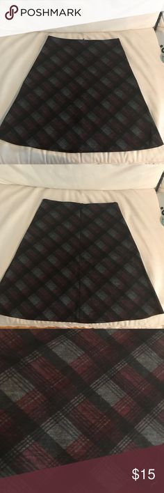 Design Lab high waisted skirt In perfect condition, grey black and red plaid. Design Lab by Lord & Taylor Skirts