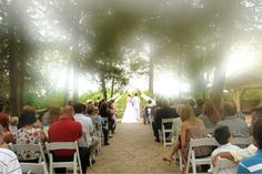 Dream wedding at Starved Rock in Utica, IL. Photo by Kathy Casstevens-Jasiek.