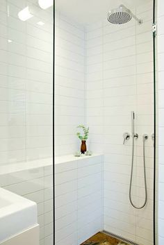 You Won't Like About White Subway Tile Bathroom Tub Shower Surround And Things You Will 31 - sitihome White Tile Shower, White Subway Tile Bathroom, Bathroom Tub Shower, Laundry In Bathroom, Small Bathroom, Subway Tiles, Shower Tiles, Bathroom Wall, Tile Bedroom