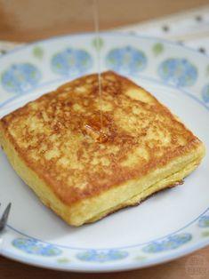커스터드 크림이 잔뜩! 감동의 프렌치 토스트 만들기 Milk Sandwich, Toast Sandwich, K Food, Good Food, Yummy Food, Stale Bread, Food Advertising, Piece Of Bread