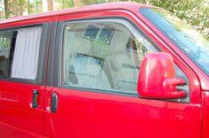 Hochwertige Autogardinen für PKW, Van und Transporter. Das Gardinenset enthält Gardinen für alle Seitenfenster, das Heckfenster und eine Fahrerhausab… Wuppertal Germany, Transporter, Montage, Car, Autos, Interior Trim, Vehicles, Automobile, Cars