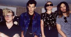 El productor BloodPop, que estuvo involucrado en el proceso creativo de Perfect Illusion, el nuevo sencillo de Lady Gaga dio una entrevis...