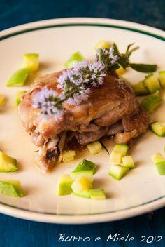 Burro e Miele: Pollo all'olio di argan e fiori di menta piperita con dadolata di zucchine