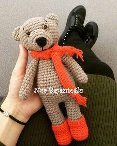 Leithygurumi: Nur Beyazıtoğlu - Ayıcık Ponpon - Türkçe Tarif / Nur Beyazıtoğlu - Bear Ponpon - English Pattern