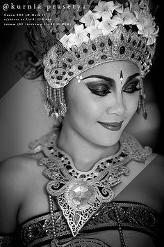 Belly Dancing Classes In Houston Denpasar, Lombok, Bali Girls, Beautiful People, Beautiful Women, Belly Dancing Classes, Japanese Sleeve Tattoos, Bali Fashion, Beauty Around The World