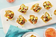 Mango Cashew Chicken in Wonton Cups Recipe Appetizer Dips, Appetizers For Party, Appetizer Recipes, Cashew Chicken, Chicken Parmesan Recipes, Wontons, Cambells Recipes, Wonton Cups, Vegetarian Recipes