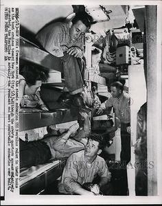 1956 Press Photo Crewmen on USS Nautilus as boat cruises to NYC