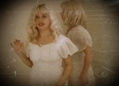 "Katherine ""Kat"" Lynne Bjelland - Grunge Style - Babydoll Dress - kinderwhore ~ Cultura es Disenio"