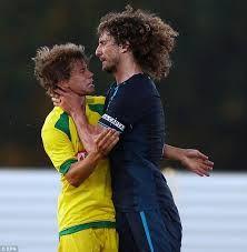 This picture shows fabricio coloccini strangling striker Caetano...     Final score - 1-1  He got sent off!!!