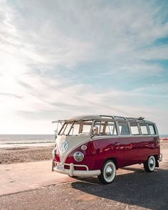 Lonely Coast – utility: VW 23 Window © ricardo santanna - Cars and motor Volkswagen T1, Vw T1 Camper, Vw California T6, Wolkswagen Van, Mini Van, Combi Ww, Combi Split, Vw Beach, Vw Camping