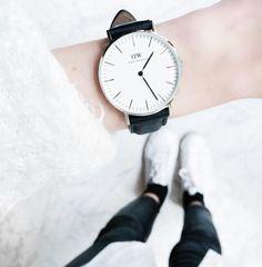 MINIMAL + CLASSIC: daniel wellington watch - leia sfez