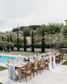 Under the tuscan sun – Tuscan style – Italian wedding venues – Tuscan wedding – Rustic italian – Diy Garland 2020 Tuscan Wedding, Rustic Italian Wedding, Italian Wedding Venues, Italian Weddings, Intimate Weddings, Under The Tuscan Sun, Tuscan Design, Tuscan Style, Rustic Style