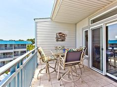 TYBEE ISLAND - Top-floor 2 bedroom condo offering beautiful... - VRBO
