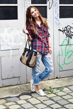 3ff7749c77 77 Checkered Outfits for Girls To Try