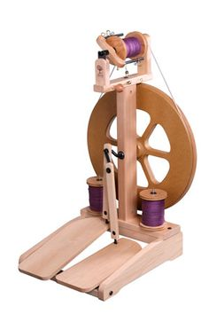 Ashford Kiwi 2 Spinning Wheel. I want this soooo bad!!!!!