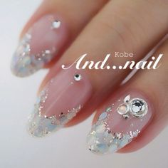 The wedding manicure - the beauty of the bride is in the smallest details - My Nails Wedding Nail Polish, Bridal Nail Art, Wedding Manicure, Gem Nails, Blue Nails, Fancy Nails, Pretty Nails, Asian Nails, Asian Nail Art